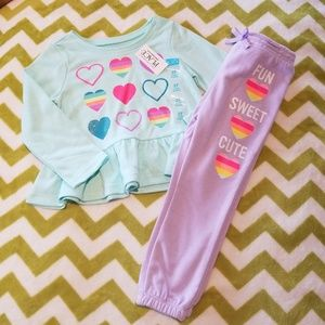 The Children's Place Heart Outfit 3t